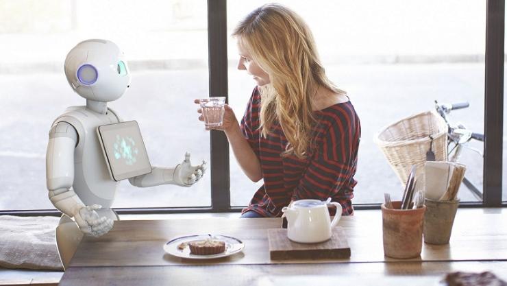 robot humanoïde pepper aldebaran